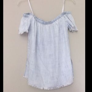 NWOT Cloth & stone chambray off shoulder top